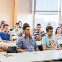 Los alumnos de la XIII edición retoman la actividad lectiva